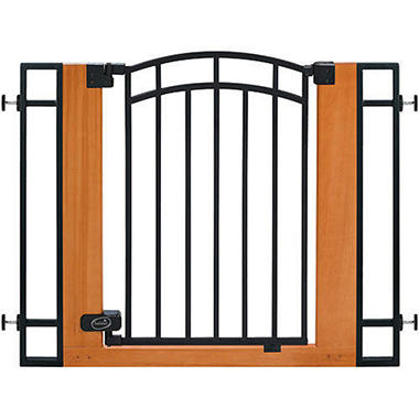 Summer Infant Deluxe Wood & Metal Gate