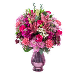 Love Ya Mom Bouquet (33 stems)
