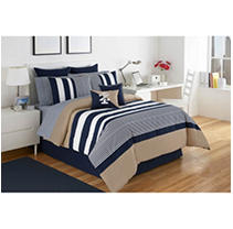 Click here for IZOD 1C96369 Classic Stripe Queen Comforter Set prices