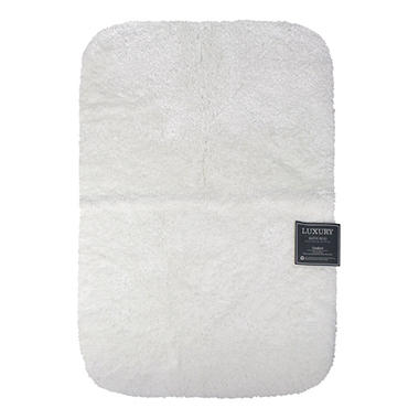 "White Luxury Bath Rug - 24"" x 36"""