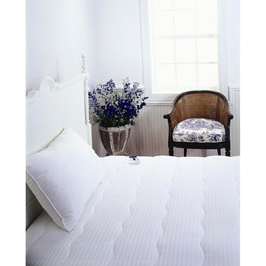 Serta� Electric Mattress Pad with 233 TC Damask Stripe - Twin