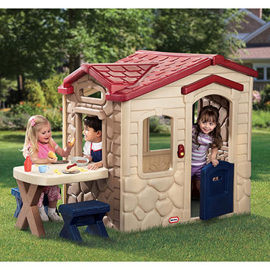 Picnic on the Patio? Playhouse