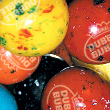 Dubble Bubble Berry Blast Gumballs - 23mm - 1,080 ct.