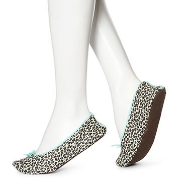 Women's June & Daisy 1 Pr Cotton Slippers - Small Leopard