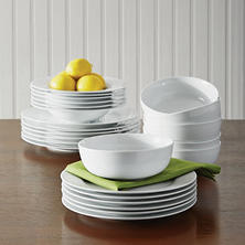 Member's Mark Porcelain 24-Piece Dinnerware Set