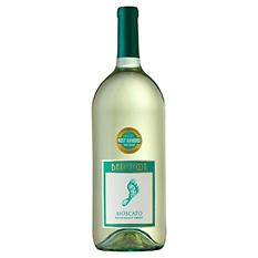 Barefoot Moscato (1.5 L)