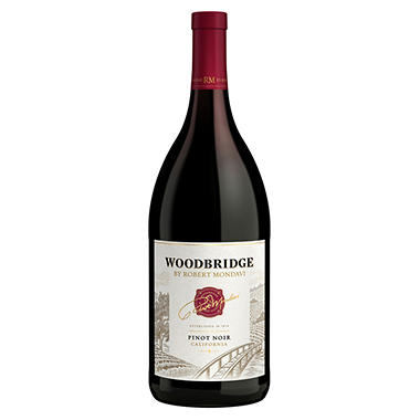 Woodbridge by Robert Mondavi Pinot Noir (1.5 L)