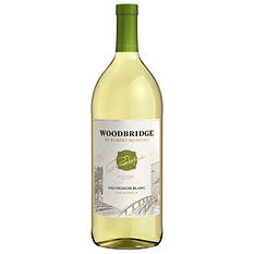 Woodbridge by Robert Mondavi Sauvignon Blanc (1.5 L)