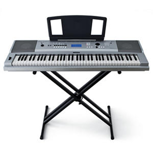 Yamaha Full Size Keyboard with 76 keys