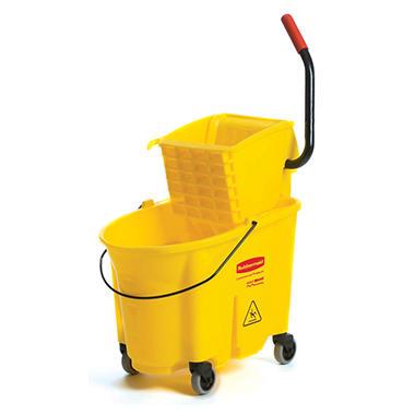 Rubbermaid Wavebrake 35-Quart Bucket/Wringer Combinations, Yellow