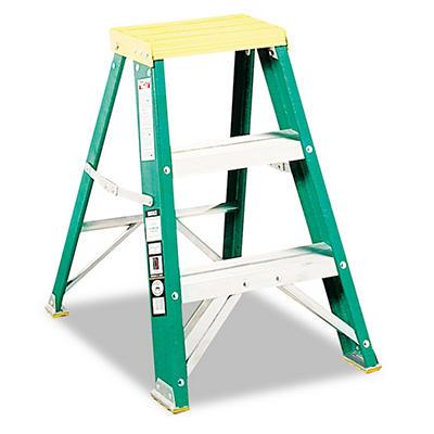 Foldng Fibrglss & Alum.2-Step Stool,Lckng,17x22x24