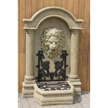 Davian Fountain