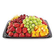 Member's Mark Fruit & Cheese Party Tray