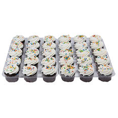 Daily Chef Chocolate Cupcake with White Butrcreme - 30 ct.