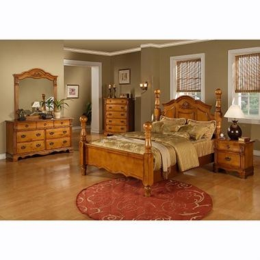 Vivian Post Bed - King
