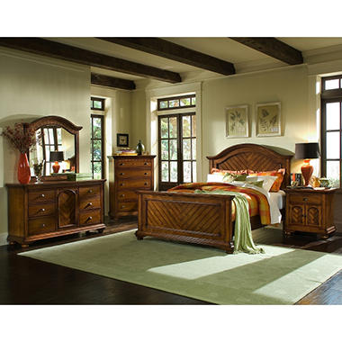 Addison Chestnut Panel Bed - Queen