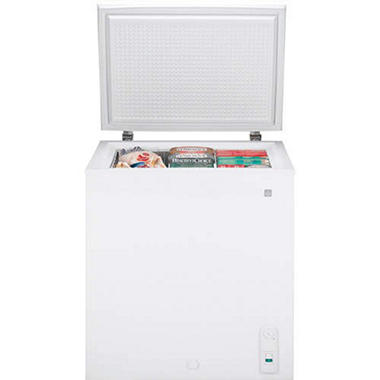 5.0 cu. ft. GE�  Manual Defrost Chest Freezer