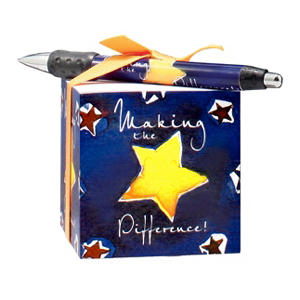 Baudville Making the Difference Note Cube and Pen Gift Set, 4 Pack