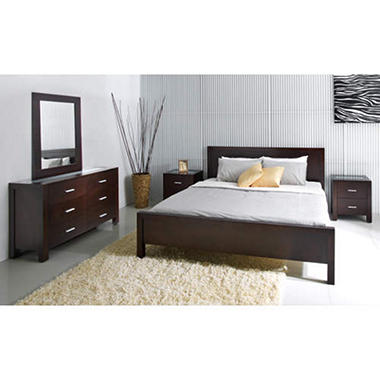 Charlotte Bedroom Collection - Cal-King - 5 pc.