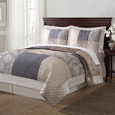 Laura Hart Luxury Jacquard 3-Piece Quilt Set (Various Colors)