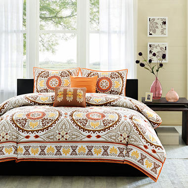 Medallion Bedding Set - Full / Queen - 5 pc.