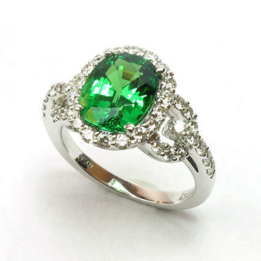 3.64 CT. Oval Tsavorite and Diamond Ring in 18K White Gold (G, VS1-VS2)