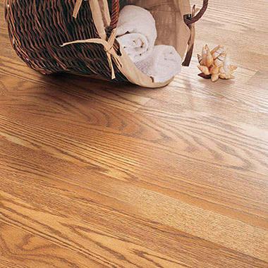 Traditional Living� Premium Laminate Flooring - Golden Amber Oakl; 8MM + 2MM Underlayment Thick - 36PK