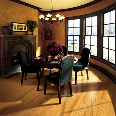 Traditional Living® Premium Laminate Flooring - Blonde Oak;  8MM + 2MM Underlayment Thick - 36PK