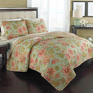Charistmatic 3 Piece Reversible Quilt Set