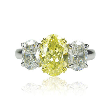 1.80 CT. T.W. Oval-shaped Fancy Yellow 3-Stone Diamond Ring in Platinum (FY, VS1)