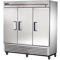 True 3-Door Stainless Steel Reach-In Refrigerator - 72 cu. ft.