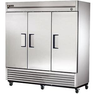 True 3-Door Stainless Steel Reach-In Refrigerator - 72 cu. ft.