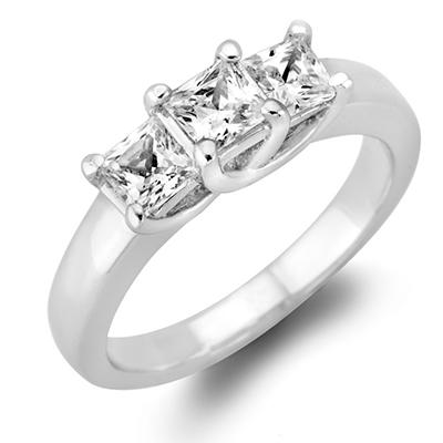 .96 CT. T.W. Princess-Cut Diamond 3-Stone Ring in 14K White or Yellow Gold (H-I, VS2)