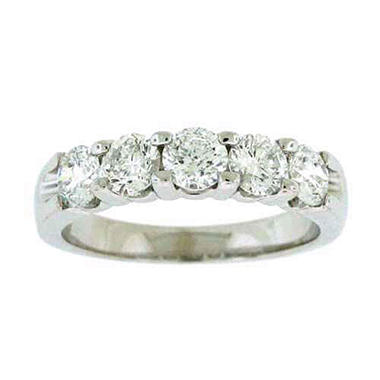 .96TW DIAMOND RING 5-STONE ROUND