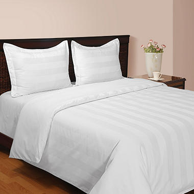 Hotel Luxury Reserve Collection 4-Piece Comforter
