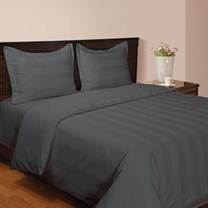 Hotel Luxury Reserve Collection 4-Piece Comforter Set (Assorted Sizes and Colors)