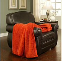 Members Mark Cuddly Cabin Throw   Terracotta