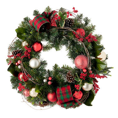 Decorated Christmas Wreath, Timeless Tradition (32