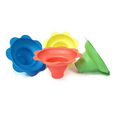 Gold Medal Plastic Flower Sno Cone Cups, 4 oz. (600 ct.)