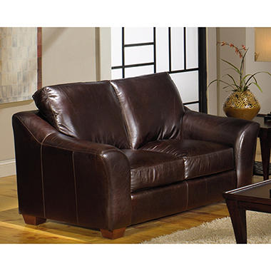 Quest Leather Regan Loveseat