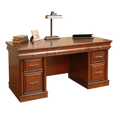 Thomasville Carlyle Collection Double Pedestal Desk