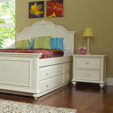 Samuel Lawrence Villa Youth Nightstand