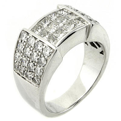 1.8 ct. t.w. Princess & Round Cut Diamond Band in 14K White Gold (H-I, SI2-I1)