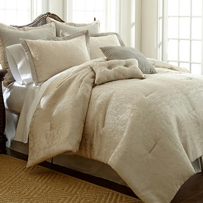 Suite Sensation 8 Piece Jacquard Serta Comforter Set - Various Sizes