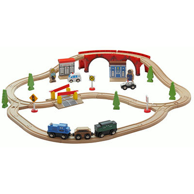 Table with 45 piece Train Set