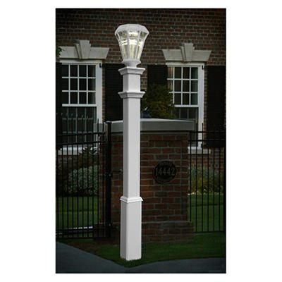 The Sturbridge Lamp Post