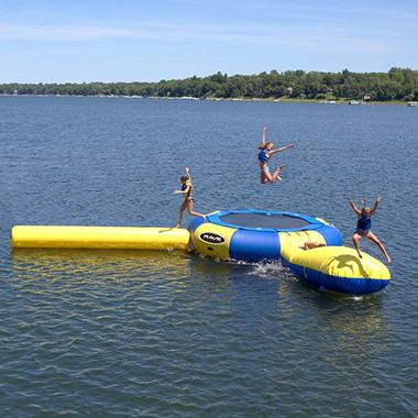 RAVE Aqua Jump 200 w/Launch & Log