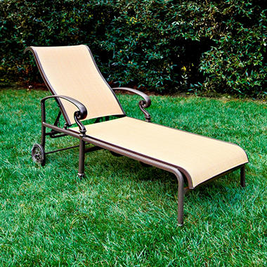 Kerrington Chaise Lounge