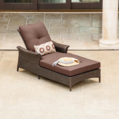 La-Z-Boy Outdoor Eva Chaise Lounge with Premium Sunbrella® Fabric