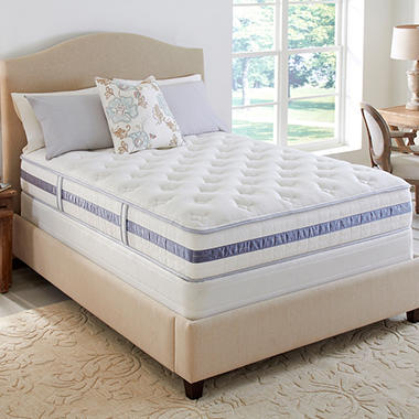 Serta Perfect Sleeper Waterbury Plush Mattress Set - Full